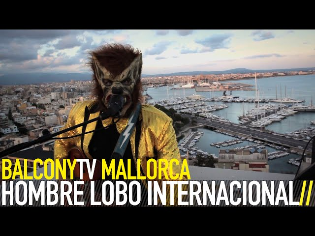 "Vídeo de Hombre Lobo Internacional interpretando ""The Wolfman Stomp"" para Balcony tv."