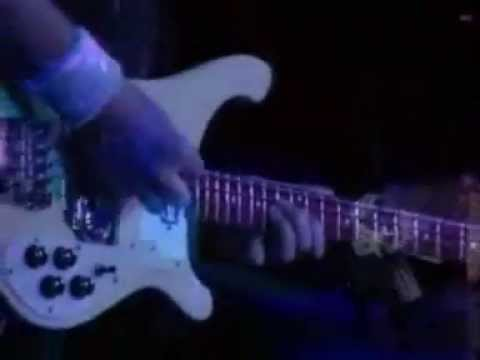 chris-squire-yes-solo-bass-guitar-a-masterpiecewmv-elena77960