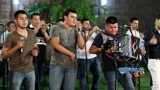 La Marca De Jefes Ft. Banda Renovacion - En La Punta Del Cañon (En Vivo 2015)