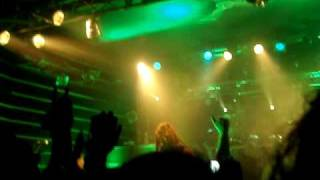 Bullet For My Valentine - Tears Don't Fall Live @ Roncade