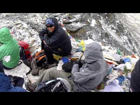 Mt Everest from Kala Patthar – 5,545m (Nepal, 2011)