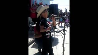 Carlos Arturo 5 años de rodillas te pido (en vivo)