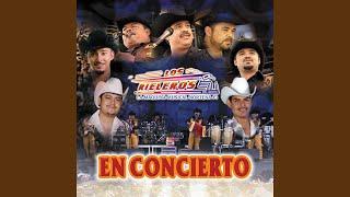 Ayer La Vi Por La Calle (En Vivo en Dallas, TX / 2004)