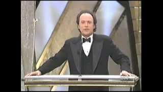 Robin Williams wins an Oscar 1998