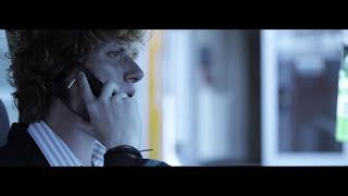 DENIZ - NE AKARJ! [OFFICIAL MUSIC VIDEO]
