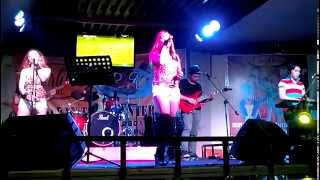 Alone (Celine Dion) cover by Yhen of I Tunes Band