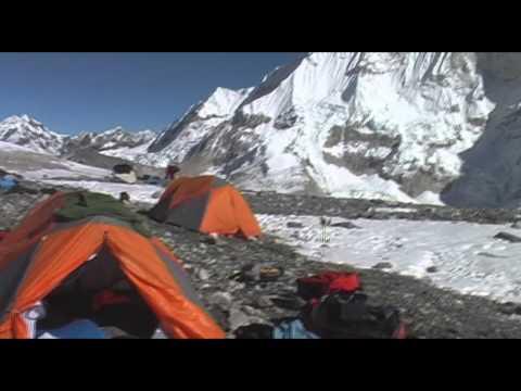 Sherpani, West Col and The Amphu Labsta. Nepal