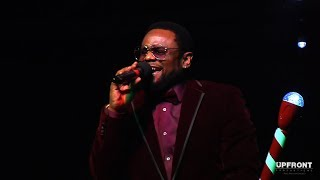 Carl Thomas performing Summer Rain at the CIty Of Inglewood Christmas Tree Lighting