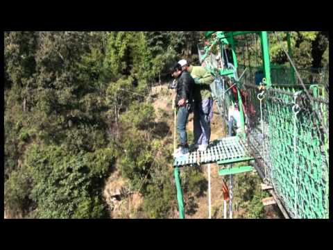 Bungy jump in Nepal 2012