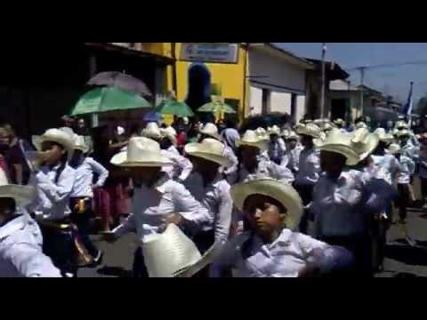 DESFILE PATRIO, ESCUELITA LA SALLE DE LEON CELEBRANDO LA INDEPENDENCIA DE NICARAGUA 12 SEPT 2012