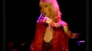Fleetwood Mac - You make loving fun 1982