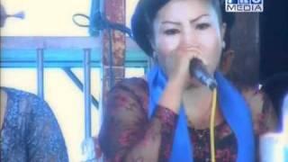 JAIPONGAN AYUN AMBING - DARSITA GROUP 2011