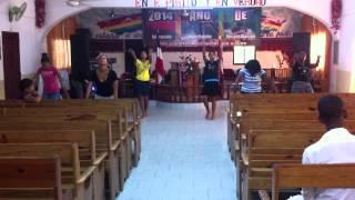 Grupo Serafines ensayo danza REY