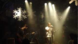 """Finalzinho de """"Alive"""" - Cover de Pearl Jam na Órbita"""