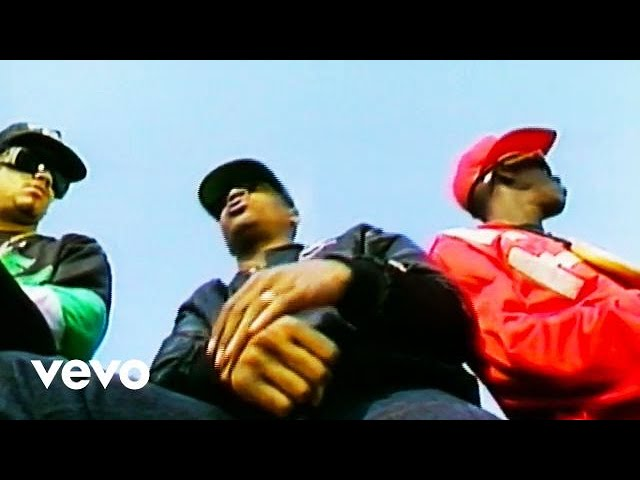 Video oficial de Don' Believe the Hype de public Enemy