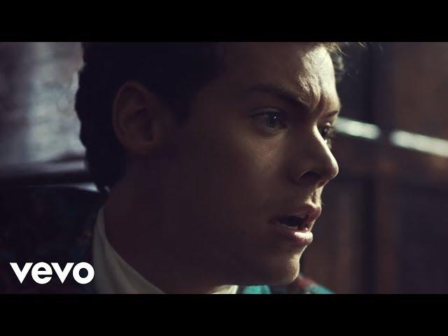 Videoclip oficial de la canción Kiwi de Harry Styles