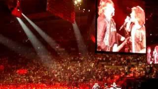 Bon Jovi - Raise Your Hands (Live Boston, MA)