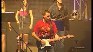 Aco Pejovic - Idi - (Live) - (Hala Pionir 01.10.2010.)