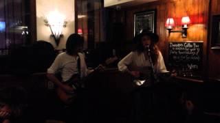 Margot&Louis - Tangled Up In Blue (Bob Dylan) Friday Live at the Highlander Scottish Pub Paris