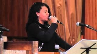 Cristo o Alicerce - Eliene Silveira - 10/08/14