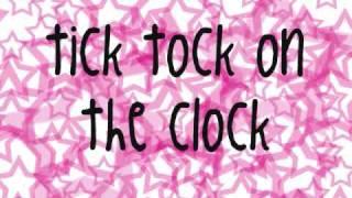 Tik.Tok-Kesha(Lyrics)