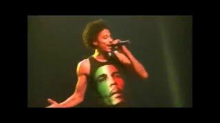"""Bone Thugs-N-Harmony - """"Thug Luv"""" (LIVE)"""
