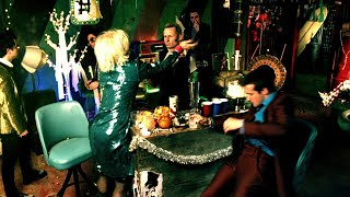 """Green Day: """"Holiday"""" - [Official Video]"""