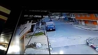 Policías se accidentan tras persecución