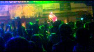 ELDO- Granice _ The first dance war with Polish rap (12.02.2011 Hala Expo)