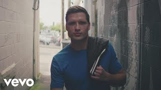 Walker Hayes - You Broke Up with Me