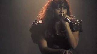 Alexandra Burke Live at GAY 22nd May 2010 - Listen and Hallelujah