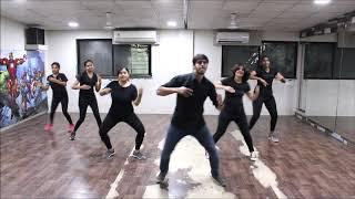 Akh Lad Jaave | Loveyatri | Studio FM