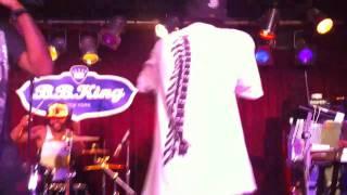 Bone Thugs N Harmony   Thug Luv Live @ B B King 10 10 10