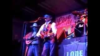 Johnny Rodriguez 2013 New Year's Eve - Cuando Calienta El Sol