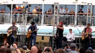Brandi Carlile covers Jolene (Dolly Parton)