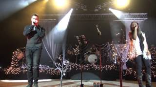 Jeremy Camp & Jamie Grace: Go Tell It On The Mountain (Live In 4K)