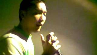 Uchi & BOY live @ CSH STD, MA, Orchard....Song:Cenderawasih.mp4