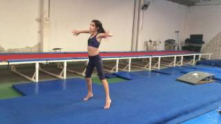 série solo de ginástica artística. coreografia de Larissa Eloi