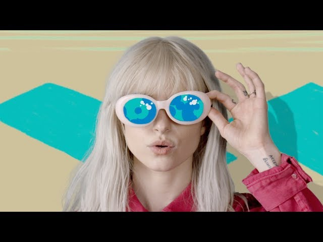 Videoclip oficial de 'Hard Times', de Paramore.