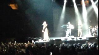 Wisin en concierto de Ricky Martín