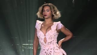"Beyoncé ""Run the World (Girls)"" LIVE in Adelaide, Australia (5th November 2013)"
