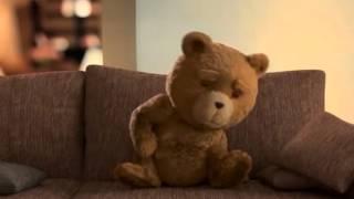 Ted 2 o jogo do ursinho e também vejam o filme