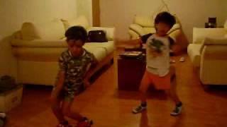 André y Sebas los reyes del Reggaeton!!