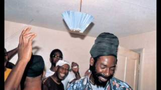 Buju Banton - Nah Live Too Right
