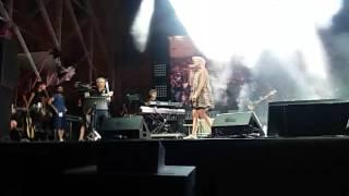Elodie a Catania concerto Emergency (24/06/2017) ❤ Verrà da sé 🦄