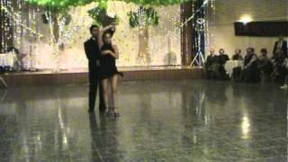 Tango presentación en graduación