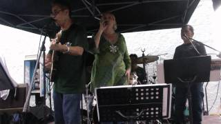 Shining Star The Band-Oldies Medley-Aloha Stadium Pre Game Concert(2/2)