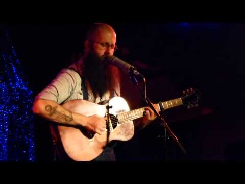 william-fitzsimmons-lions-new-song-live-at-atomic-cafe-munich-2013-12-07-missmoremusic