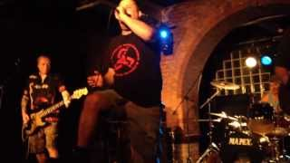 Peter & The Test Tube Babies - Run Like Hell (Live @ The Factory, Porth)