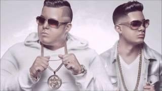 Sammy & Falsetto ft. Juanka - Quitate La Ropa